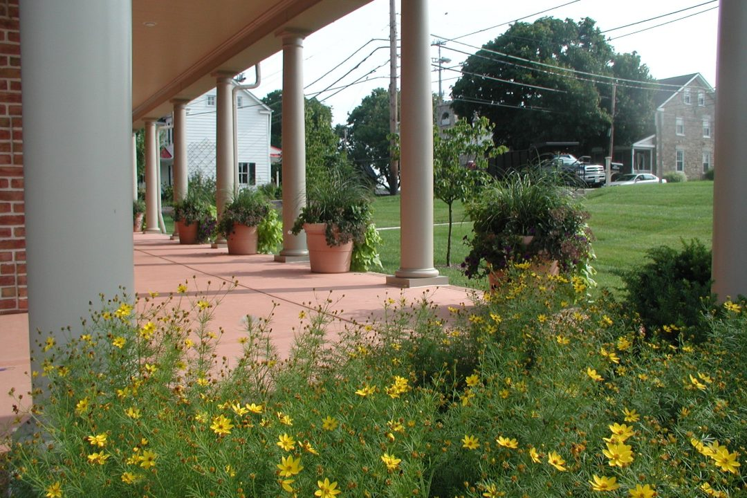 front porch flower bed and container pots
