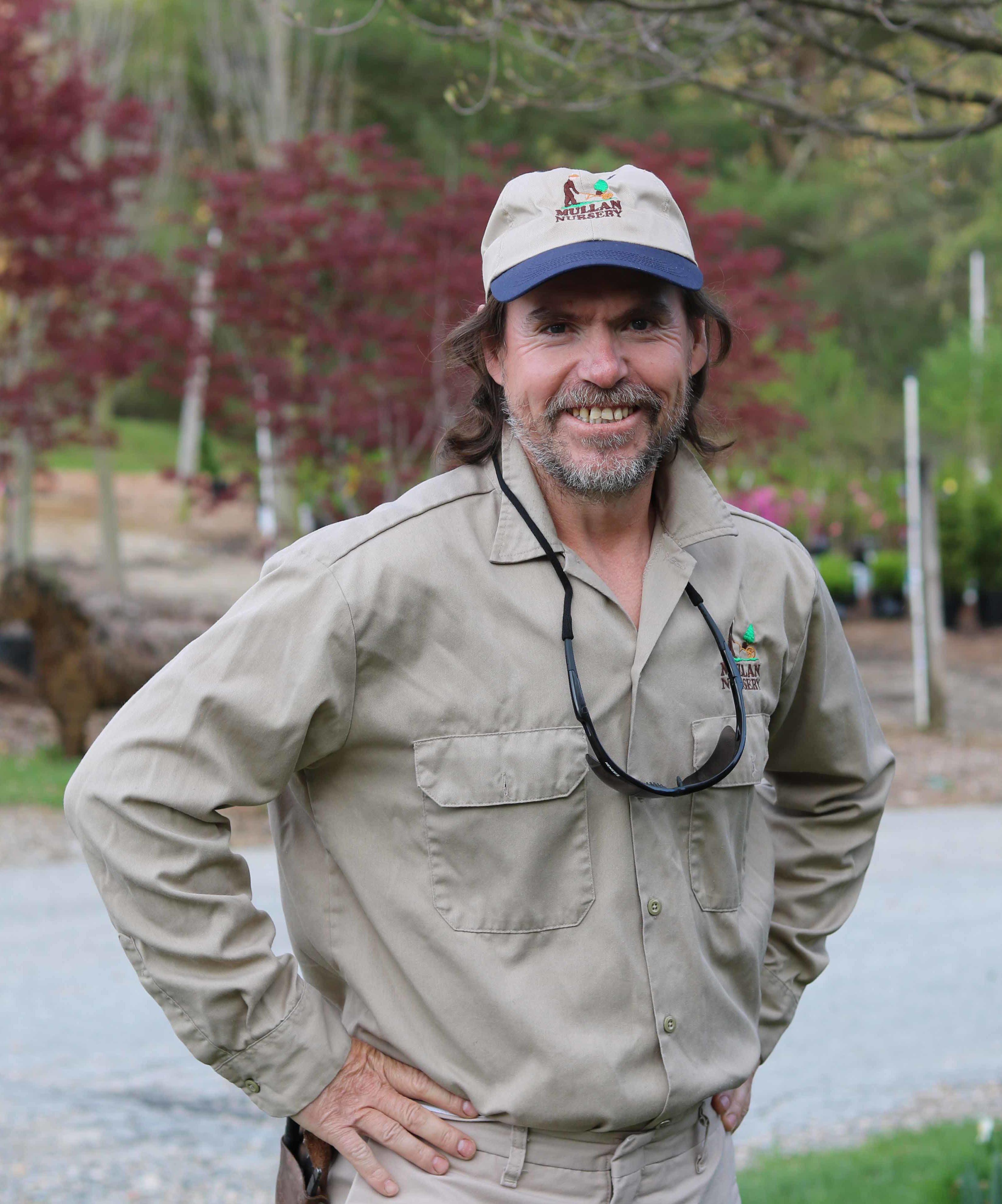 Crew Member | Baltimore County Landscaping | Mullan Nursery Co